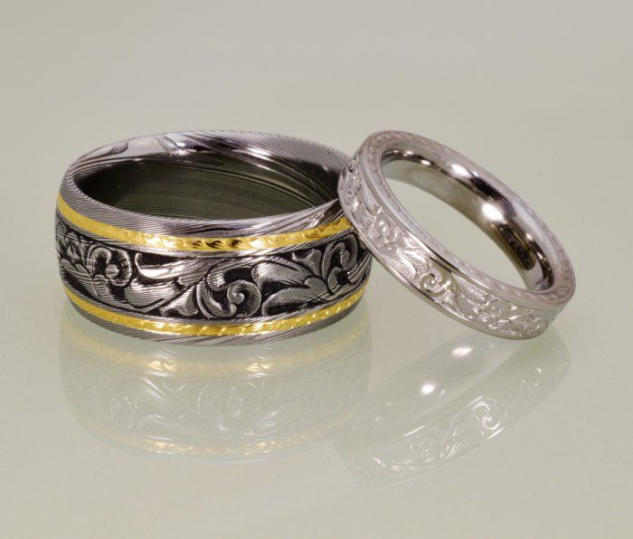 Hand engraved wedding bands in Damascus, 18k gold and titanium